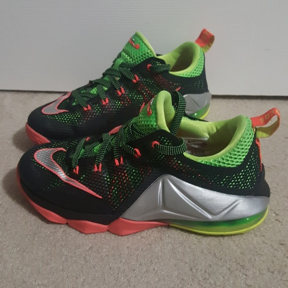 info for 77195 a2852 Kid's Lebron 12 low